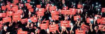 Sea of Black – wie Hongkongs Protestwelle Trúc Hồ inspirierte